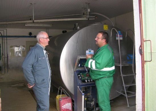 Le Technicien Froid à la Ferme : le garant des installations de refroidissement du lait